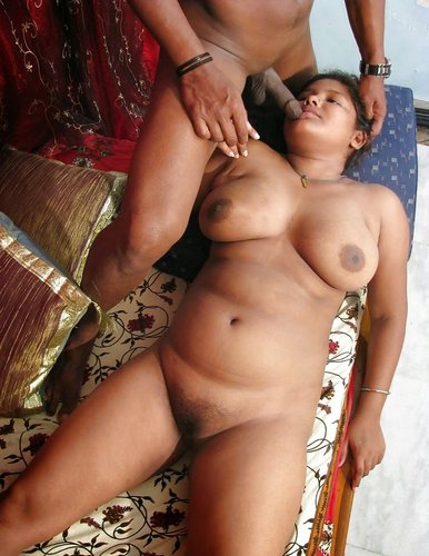 Asian chick hot nude